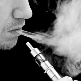 E-cigarette des dangers decouverts